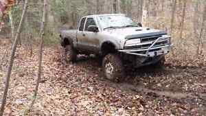 S10 mud truck Gatineau Ottawa / Gatineau Area image 6