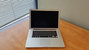 "**15"" Late 2011 Macbook Pro i7, 8gb ram 240GB **"