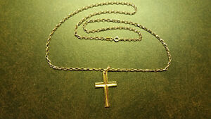 **14 KARAT SOLID YELLOW GOLD CHAIN & CROSS**
