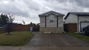 Available immediately fully furnished 3 bedroom home in timberle