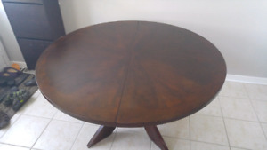 Dinning Table round