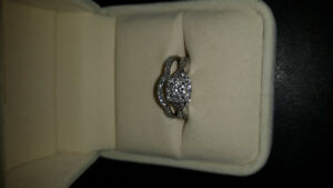Canadian diamond engagement ring and band set