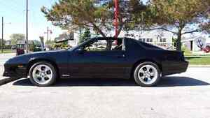 Beautiful 86 Z28 IROC! Windsor Region Ontario image 2