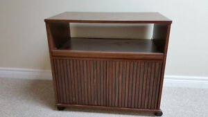 TV stand-excellent condition