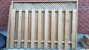 Used fence section 6x8 very good condition.