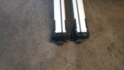 COMMODORE VY-VZ ROOF RACK Bayswater Bayswater Area Preview
