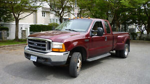 2000 Ford F-350 dually Pickup Truck