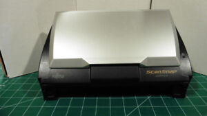 Fujitsu Snap Scan Duel side scanning w/manual and drivers