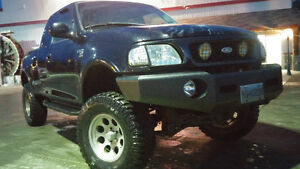 1998 Ford F-150 flare side ex cab lariat lifted custom