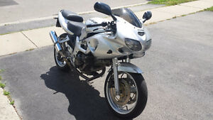 SV650S for sale! GROWLS like a GSXR-750!