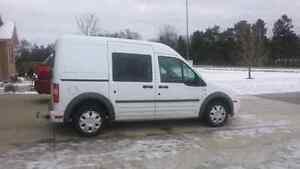 2010 Ford Transit Connect**Low Kms! London Ontario image 2