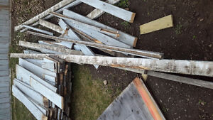 Over 100 used painted fence boards ☆$50☆reduced