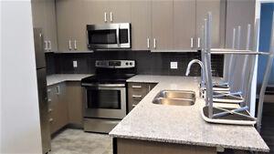 1+DEN 2 BATH Investment Condo in Waterloo Oakville / Halton Region Toronto (GTA) image 2
