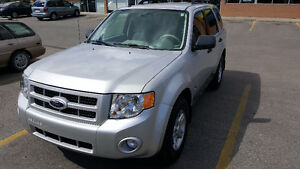 2009 Ford Escape HYBRID, No accident, 39500 KM only, No problem.