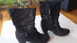 bottes en cuir noir porté 1 fois grandeur 9
