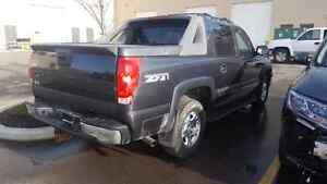 Complete 2003 avalanche z-71 for parts Strathcona County Edmonton Area image 4