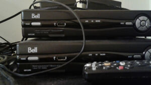 Bell PVR VIP2262, and receiver VIP2202 with remotes, and power.