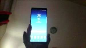 Galaxy Note 8 *Locked to Wind*  Perfect Condition