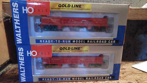HO Scale Model Trains Walthers Difco Dump Car CP Rail 2 Availabl