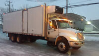 Reefer truck 28 ft tandem axle 2012 International automatic , Wa