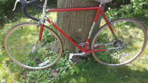 Road Bike 56cm Italian Vintage steel full shimano 600