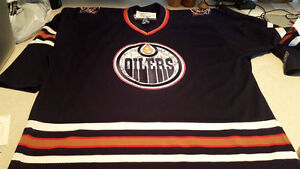 Signed Oilers Jersey by Whole Team from 2005/06 Playoff Run