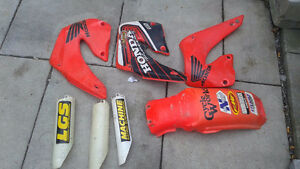 Bunch of cr 250 plastics
