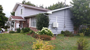 nice 3 bedrooms house for rent, close Charlottetown mall/walmart