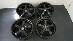 Roues noires semi-gloss Mickey Thompson 20X9 Challenger Charger