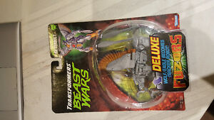 BEAST WARS SILVERBOLT SEALED MINT ON CARD! NEVER OPENED!!!