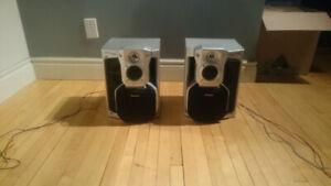 Speakers / Haut parleurs Panasonic
