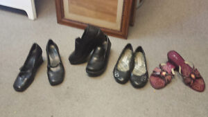 4 PAIRS of WOMENS shoes - GREAT condition