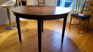 dining table $110