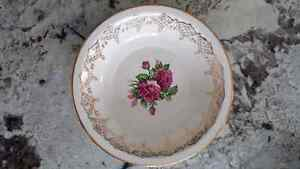 China - Royal Shelton Cuban Rose Bowls