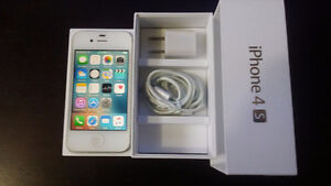 iPhone 4S 16gb, Fido, excellent condition   Price: 125 $