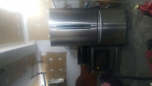 Samsung stainless steel fridge and stove