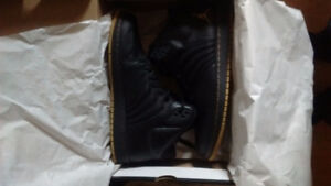 Mint condition Jordan Flight (limited edition)Firm price 100$