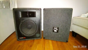 FENDER SUNN  2-way Speakers, Model 1201