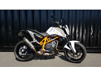 2013 KTM Duke 690 LC4 2 Former Keepers 4028 Miles Extras