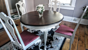 Vintage dining room suite