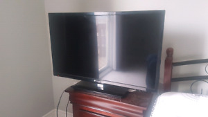 "Element led tv 32"" doesnt start up but it cost 50$ to fix it"