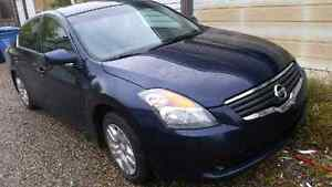 2009 Nissan Altima **Reduced ** need gone