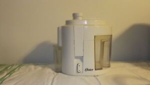 Oster Juicer $35 very good condition. Manual list