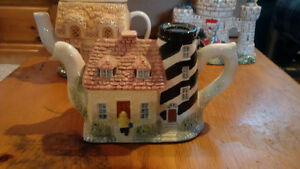 3 Collector Tea Pots from England Cambridge Kitchener Area image 4