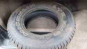 BRAND NEW  TIRE 265/70 r16