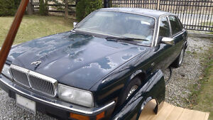 Jaguar 1993  XJ6 Vanden Plas for  PARTS