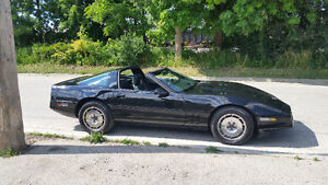 Very clean and fast 1985 Corvette
