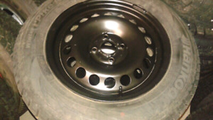 195/65/15 Hankook winters on mint 4x100 rims