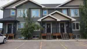 3 Bedroom Townhouse-SK Side-Available Immediately!