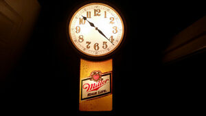 Old vintage Huge  Miller High Life light up clock only 75$......